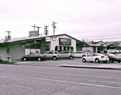 Historic South Tacoma architecture (Grocery Outlet) | by Vorona Photography
