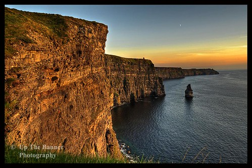 Scenic Irish Sunset Nature Landscape Rural Countryside Photography. The Cliffs of Moher Mohair Seascape, County Clare, Ireland Irlanda. | by upthebanner