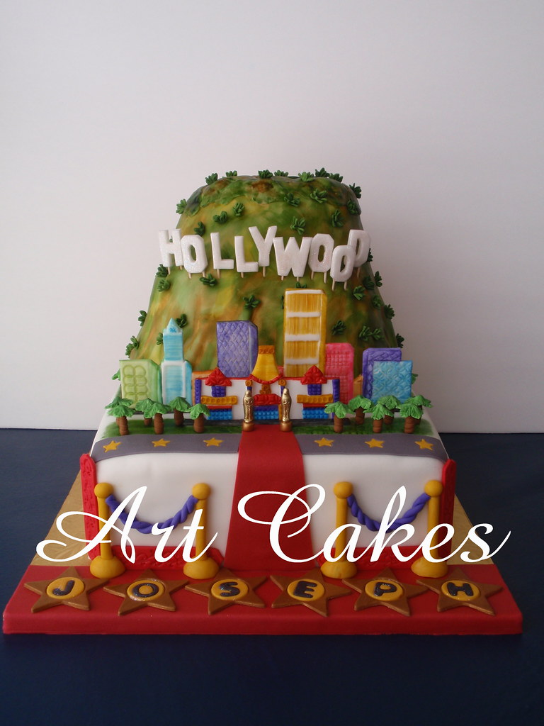 Hollywood Birthday Cake This Cake Is For A Young Boy 16 Bi Flickr