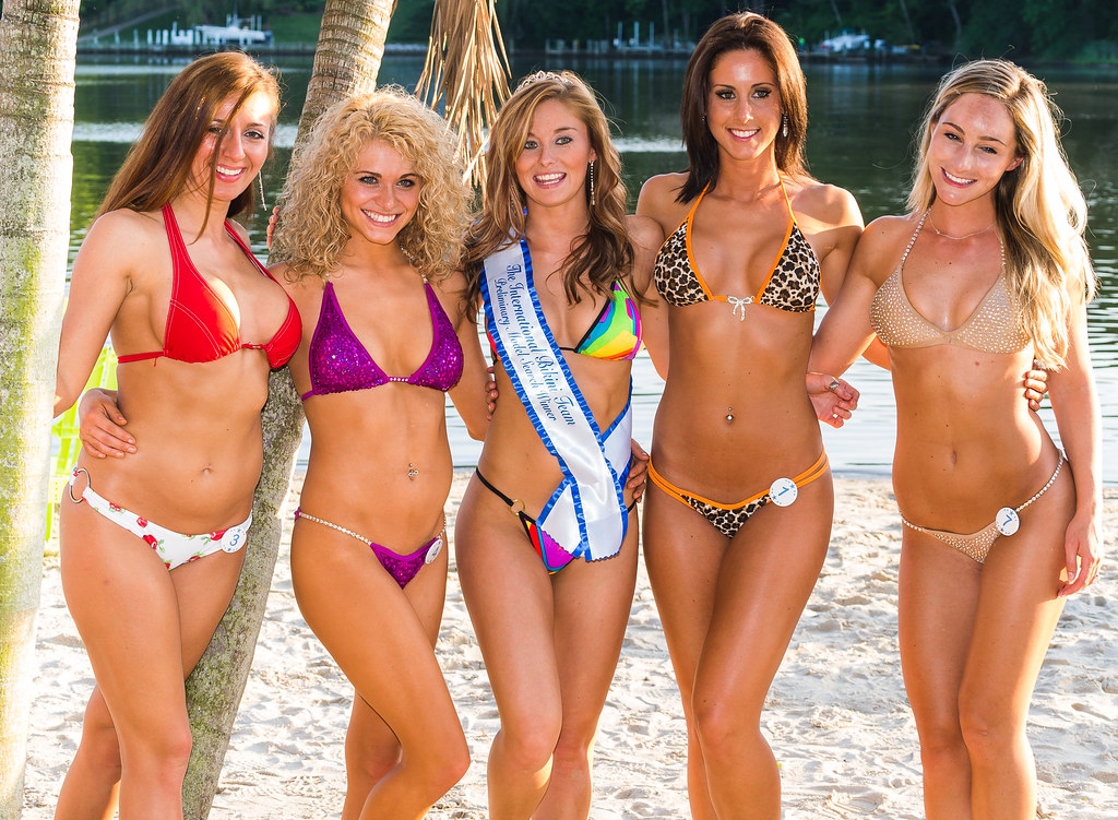 Pageant bikini fell off not absolutely