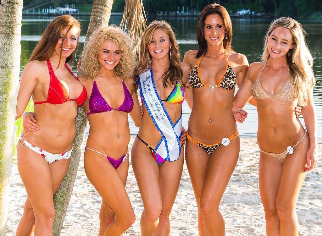 All pageant bikini fell off