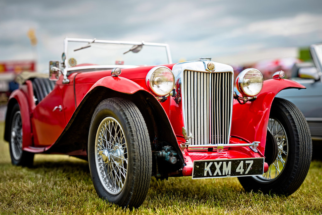 An old MG. (1949 MG TC Midget 1250cc) | While at the campsi … | Flickr