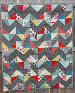 Hullabaloo HST quilt | by skburton designs