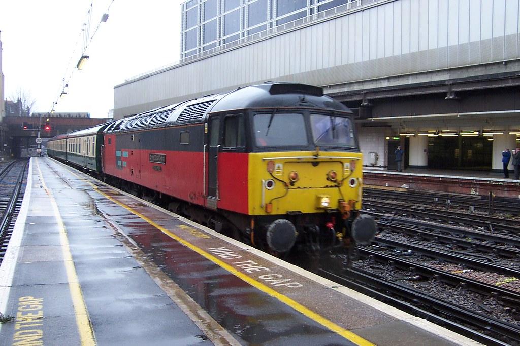 ... EWS Class 47/7 47734 Victoria 20/12/03   by jmupton2000
