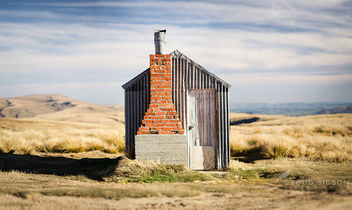AA Hut, Old Man Range Central Otago | by Todd & Sarah Sisson