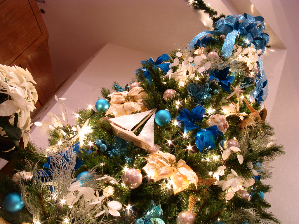 Blue Ocean (Surf and Sand) 9 foot Themed Christmas Tree | Flickr