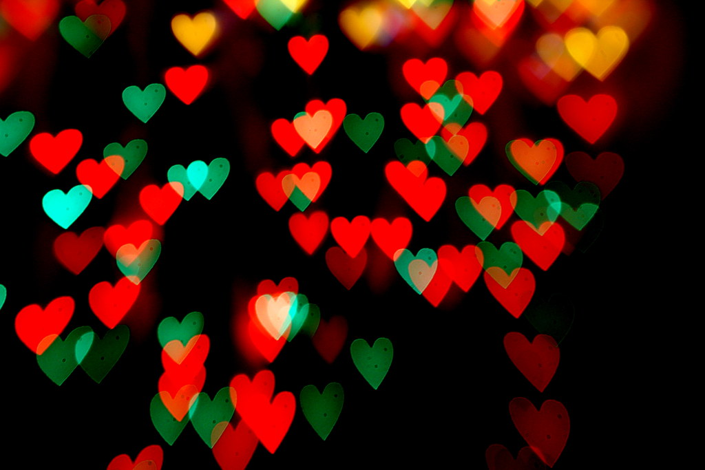 Merry Christmas Heart Bokeh | Colorful heart-shaped out-of-f… | Flickr