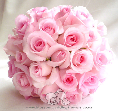 pink-rose-bouquet | Bridal bouquet of pink roses, with a cuf… | Flickr