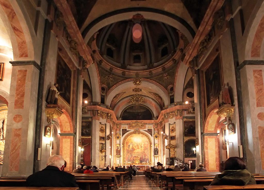 Resultado de imagen de antigua iglesia de la magdalena granada