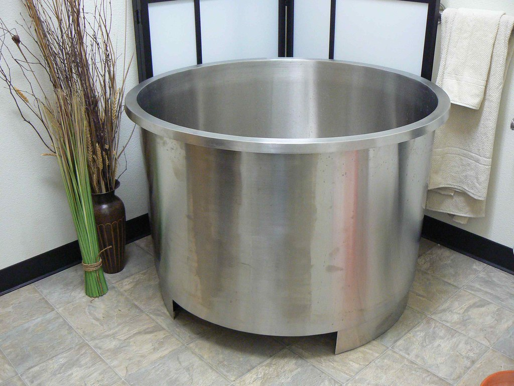 Stainless Steel Japanese Soaking Tub.  Stainless Steel Deep Soaking Tub by relaxationtub Japanese Flickr