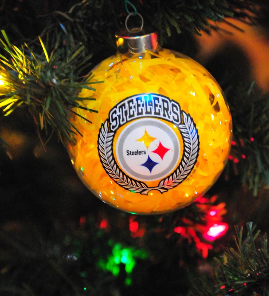Christmas 2010 - Pittsburgh Steelers Christmas tree orname…   Flickr