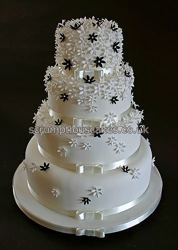 Wedding Cake 696 Black Amp White Flowers A 4 6 8
