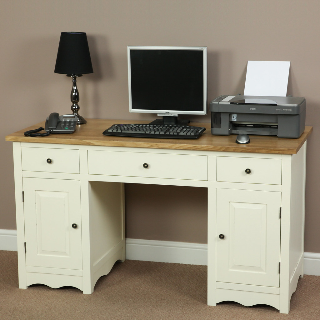 cotswold cream painted shaker solid oak compact computer desk by oak furniture land