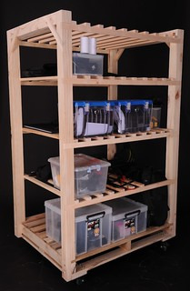 Pallet Shelf | This shelf on wheels is made of an old ...