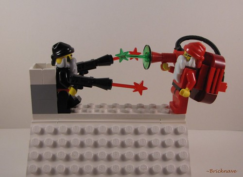 Santa versus Anti-Santa front view | by Bricknave