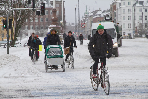Snowstorm Crowd - Winter Cycling in Copenhagen | by Mikael Colville-Andersen