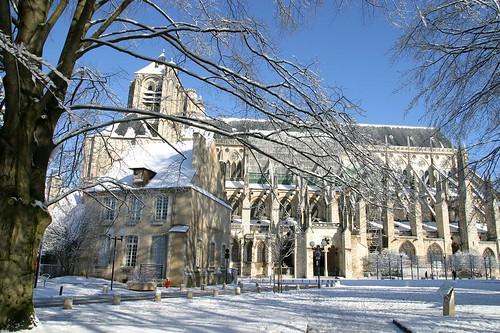 Cath drale saint etienne de bourges sous la neige marie flickr - Office de tourisme bourges ...