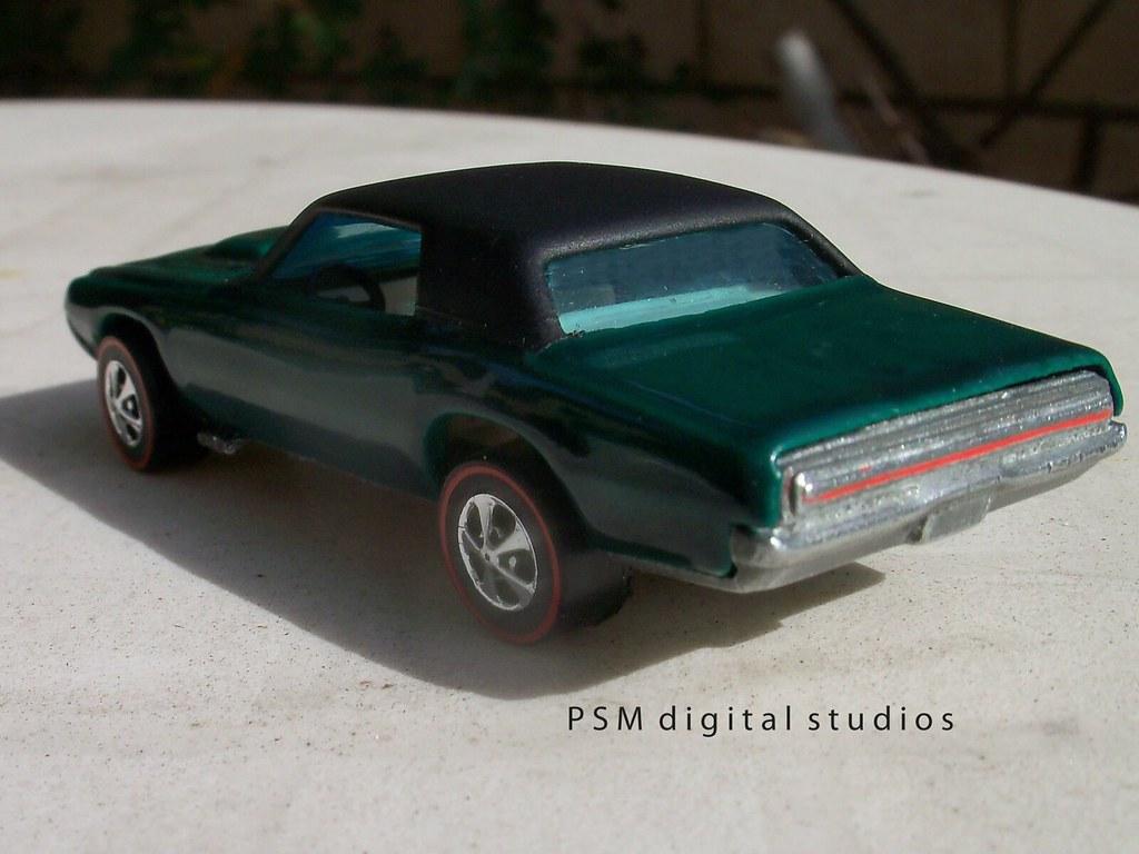 1967 Ford Thunderbird Mattel Hot Wheels Custom T Bird