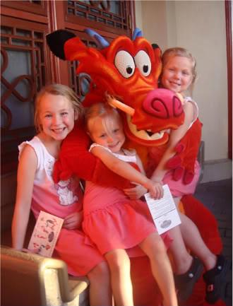 Disney world epcot meet greet mushu from mulan please visi flickr disney world epcot meet greet mushu from mulan by love disney characters m4hsunfo