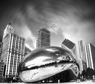 "Cloud Gate, ""The Bean"", Millennium Park, The Loop, Chicago, Illinois, USA. 