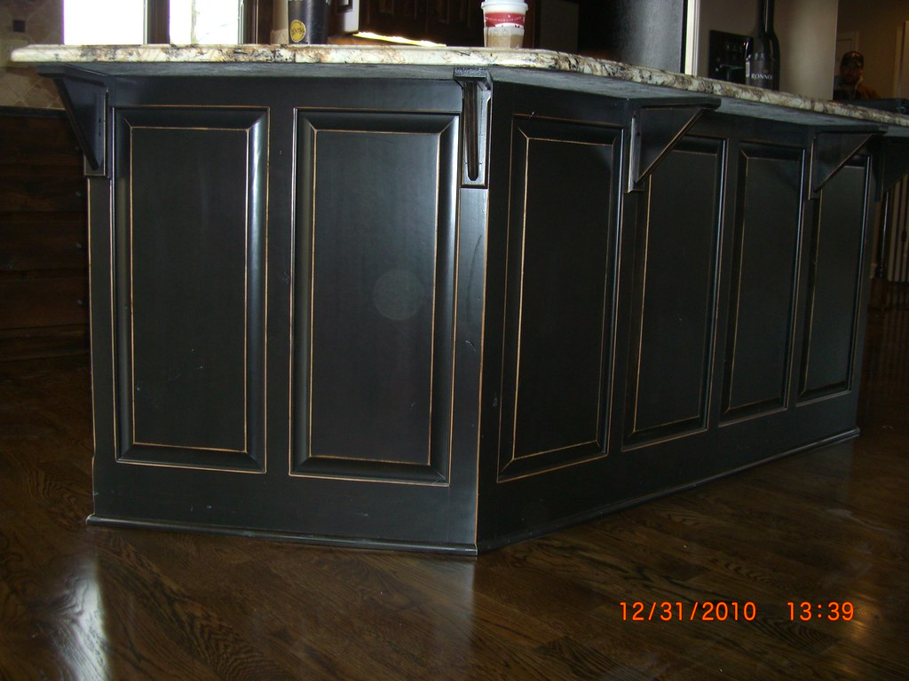 Charmant ... CIMG3720 Black Lacquer Distressed Look On Kitchen Island | By  Www.kylescoatings.com