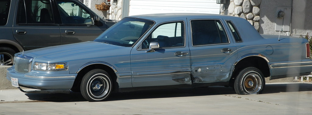 Wrecked Lincoln Town Car Lowrider Navymailman Flickr