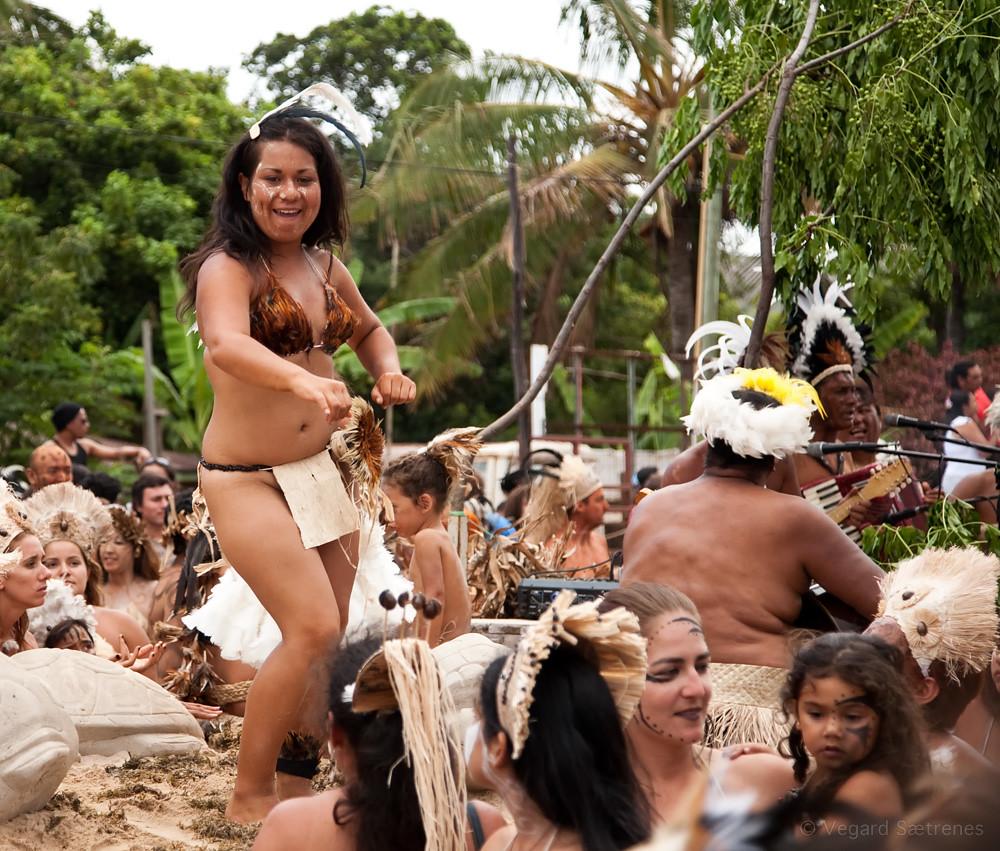 rapa nui girl Tapati