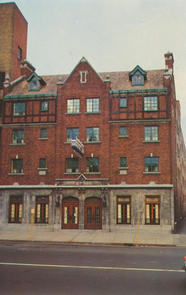 Hotel Stratford Arms - Buffalo, New York
