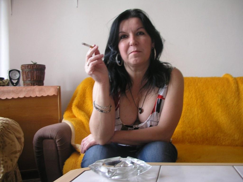 Smoking Jajina  Flickr-9688