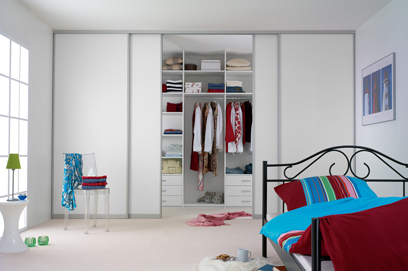 ... Sliderobes fitted sliding wardrobe white glass bedroom doors | by Sliderobes & Sliderobes fitted sliding wardrobe white glass bedroom doo\u2026 | Flickr