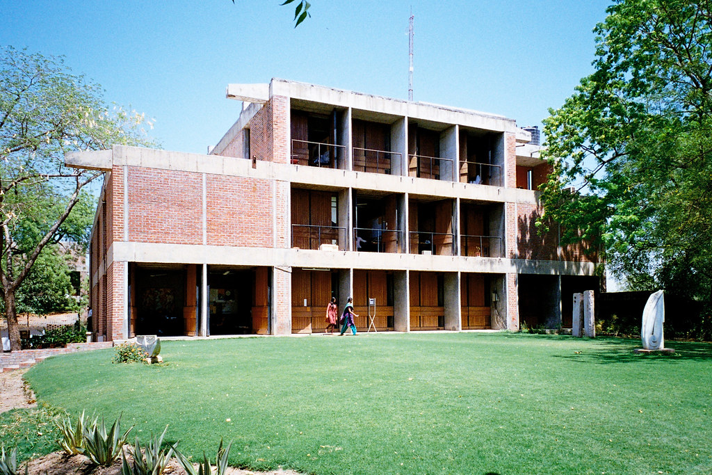 b v doshi On march 7, 2018, architect balkrishna v doshi, former auroville governing board member and chairman of the auroville town development council (tdc) between 2009 - 2016, was announced as the pritzker prize laureate, 2018.