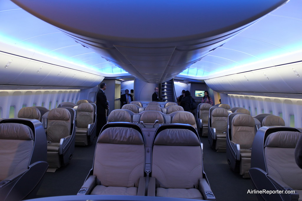 Interior of the boeing 747 8 intercontinental flickr for Boeing 747 8 interieur