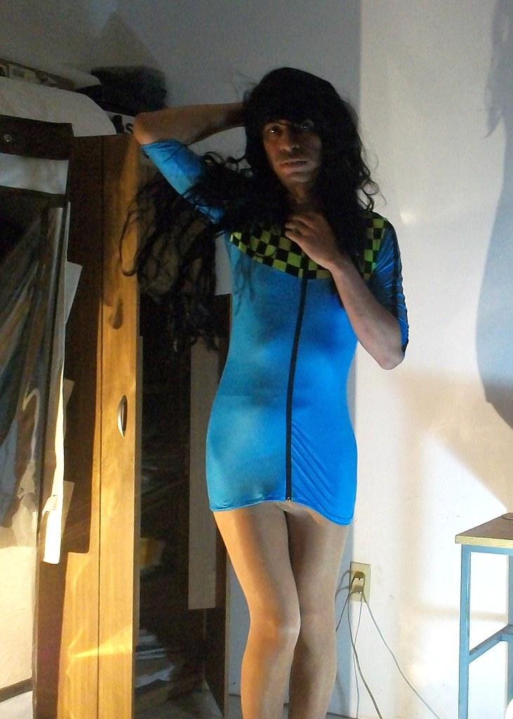 Mi vestido azul le