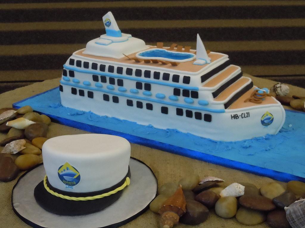 Cruise Ship Cake With Captains Hat Bertha QuichochoRoss Flickr - Cruise ship cake