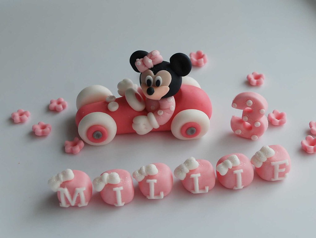 Minnie Mouse Edible Cake Topper Can Be Sent Via Post Pleas Flickr