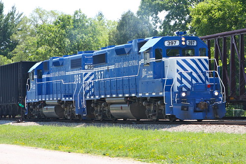 Great Lakes Central Glc Gp38 2s 397 And 395 Pull North To Flickr