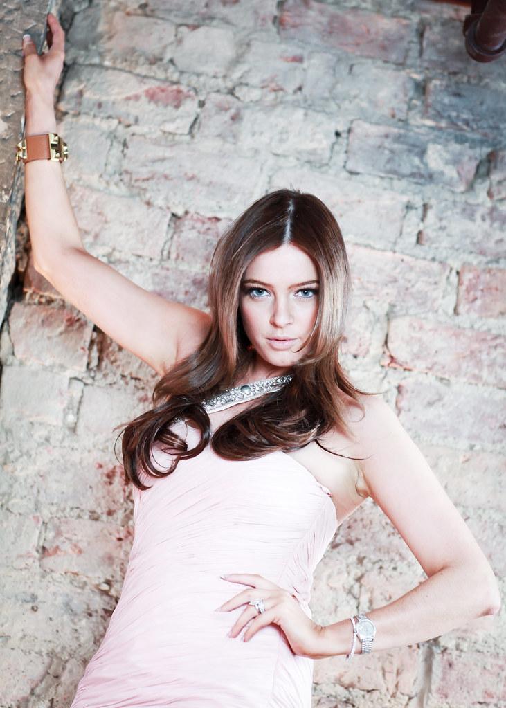 Amy Newlands For Jum Hair Extensions Add Jum On Facebook Flickr