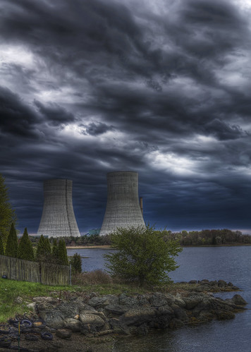 Brayton Point Twin Towers | by Frank C. Grace (Trig Photography)