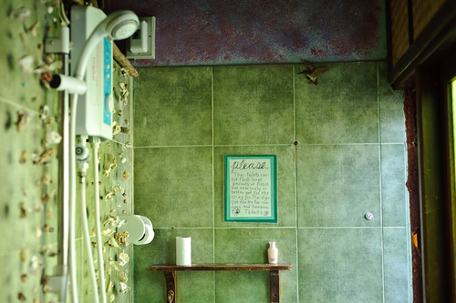 Shanti Lodge Bathroom | by goingslowly