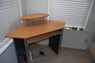 Corner computer desk | by radiantradon