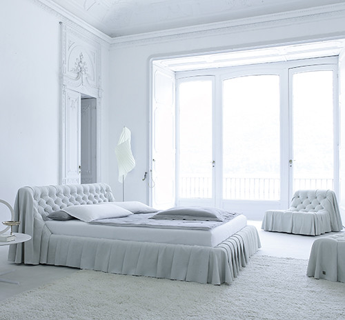 New inspiration old world bedroom furniture in modern int for Old world style beds