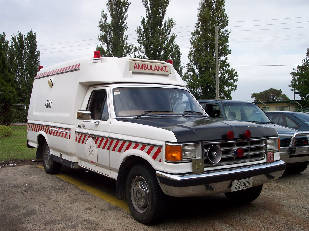1989 Ford F-250 ambulance - Australian Army | 1989 Ford F-25… | Flickr