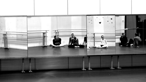 Ragazze allo specchio andrea gianotti flickr - Ragazze nude allo specchio ...