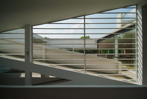 Villa Savoye: striped window | by guen-k