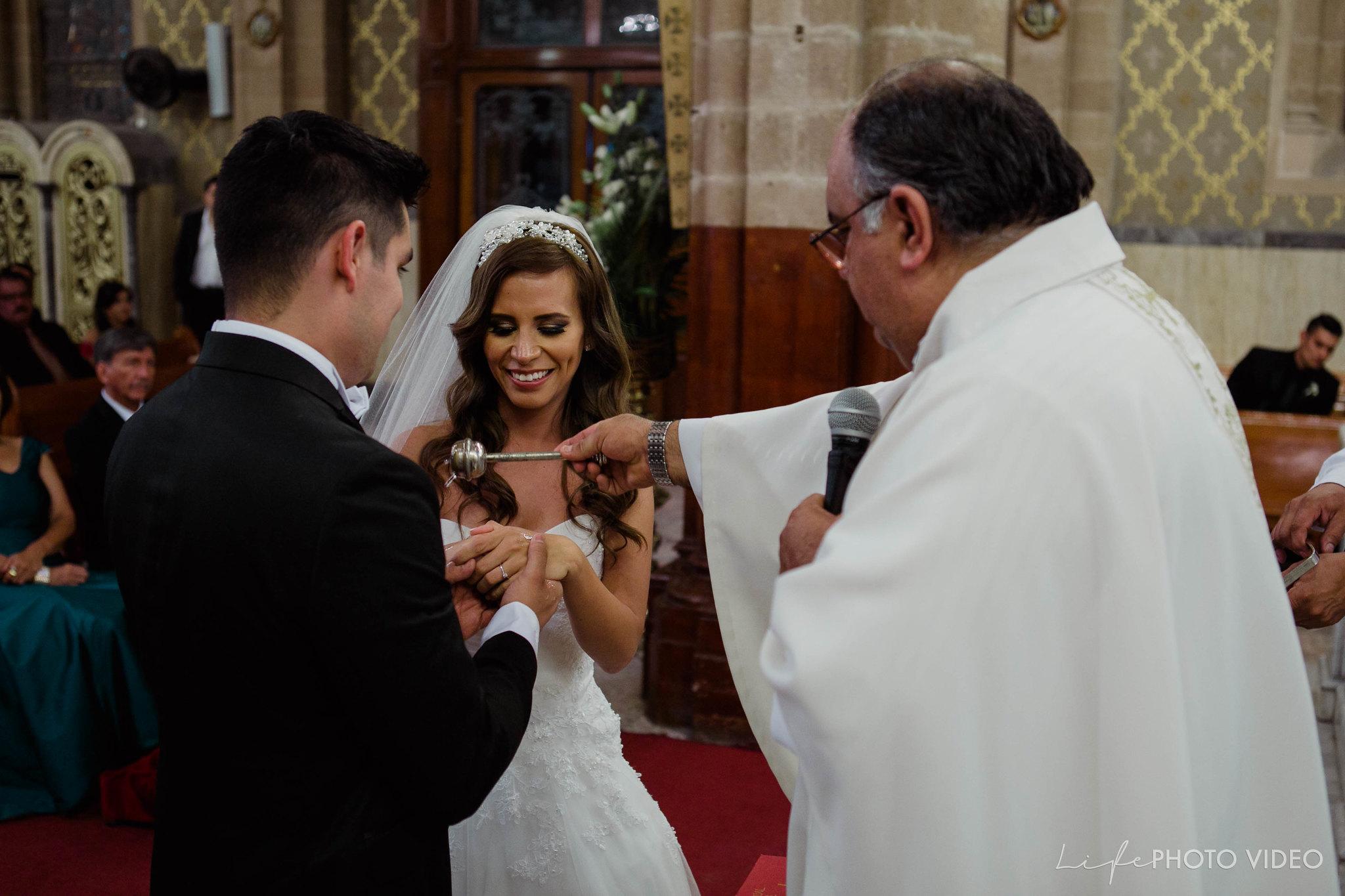 Boda_LeonGto_Wedding_LifePhotoVideo_0036.jpg