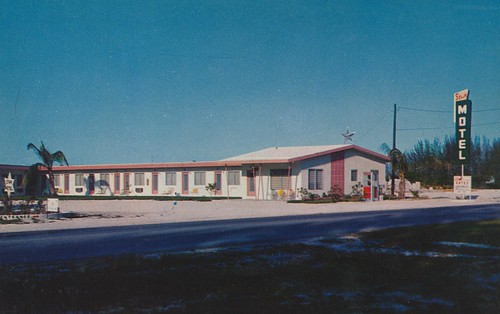 Star Motel - Hialeah, Florida | by The Cardboard America Archives