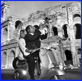 Louis Armstrong en Vespa | by kidioui-scooter