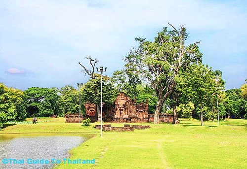 Prasat Puay Noi | by AsiaFood1