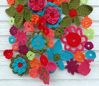 Flower Power Crochet Scarf | by eclectic gipsyland