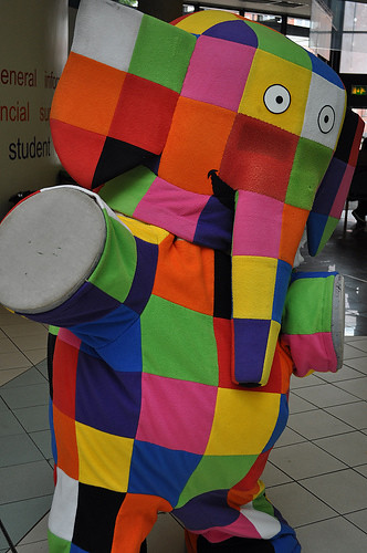 List of Synonyms and Antonyms of the Word: elmo elephant